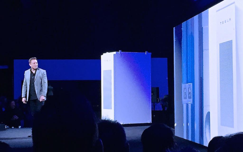 Elon-Musk-Stage-Powerwall-Event