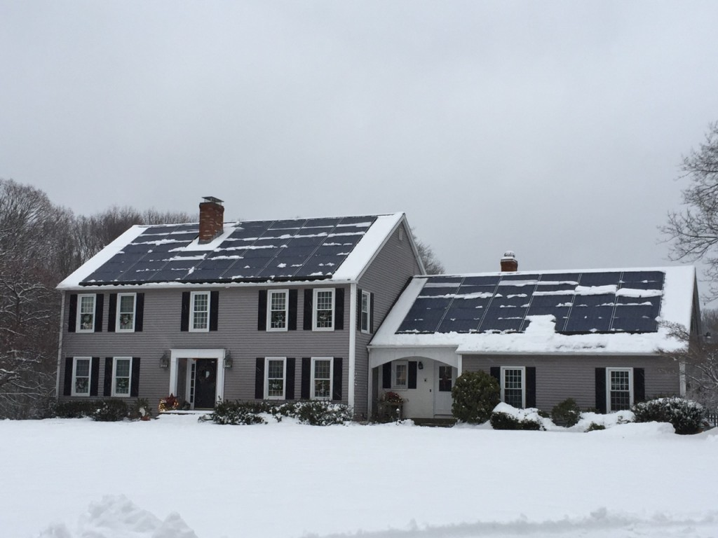 Tesla solar roof snow