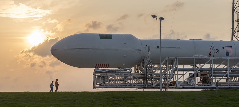 SpaceX-Falcon-9-Sunset