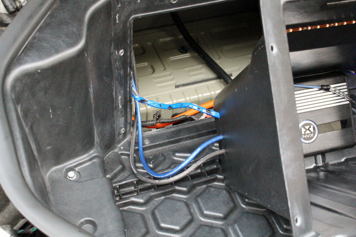 Review Nvx Custom Tesla Model S Subwoofer System Wiring Inside Box 15