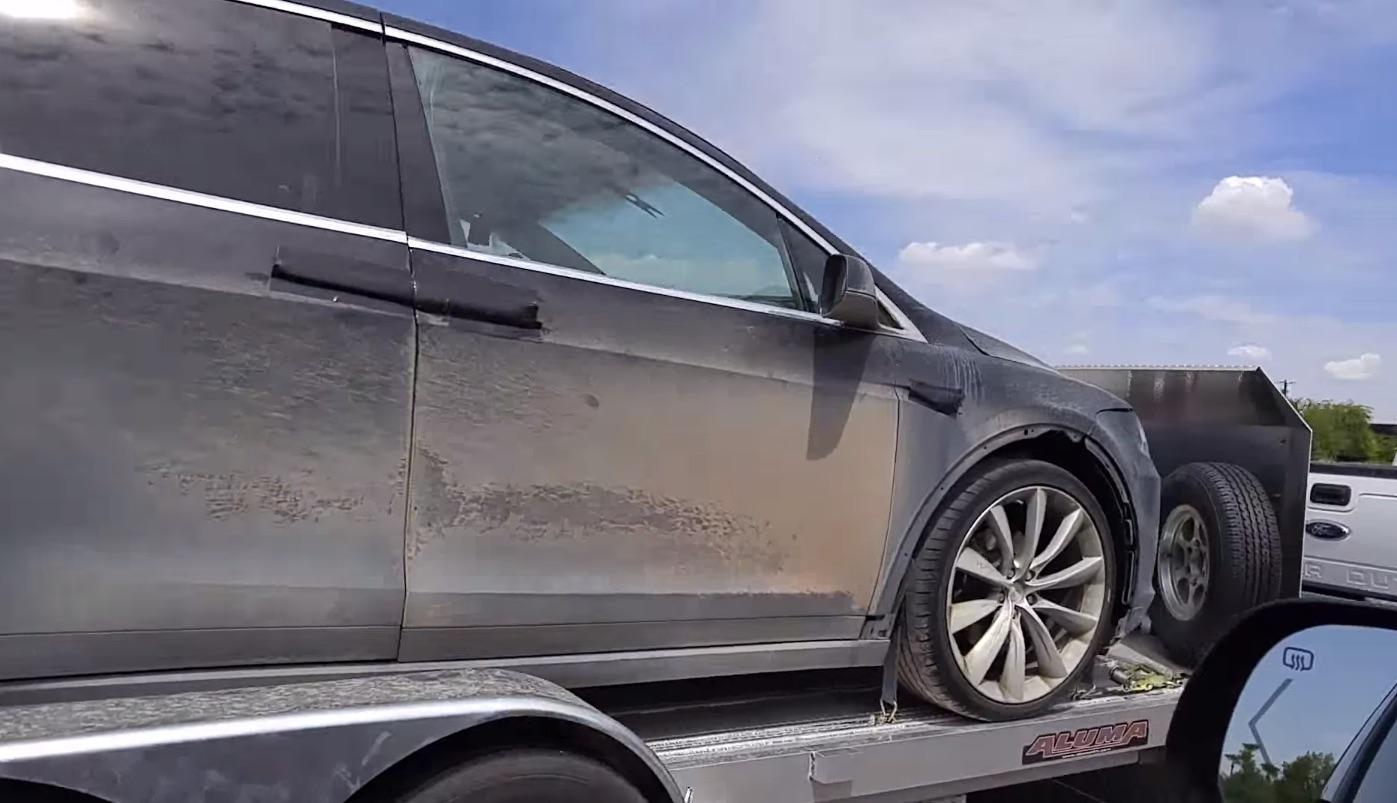 Tesla-Model-X-Off-Road-Tires