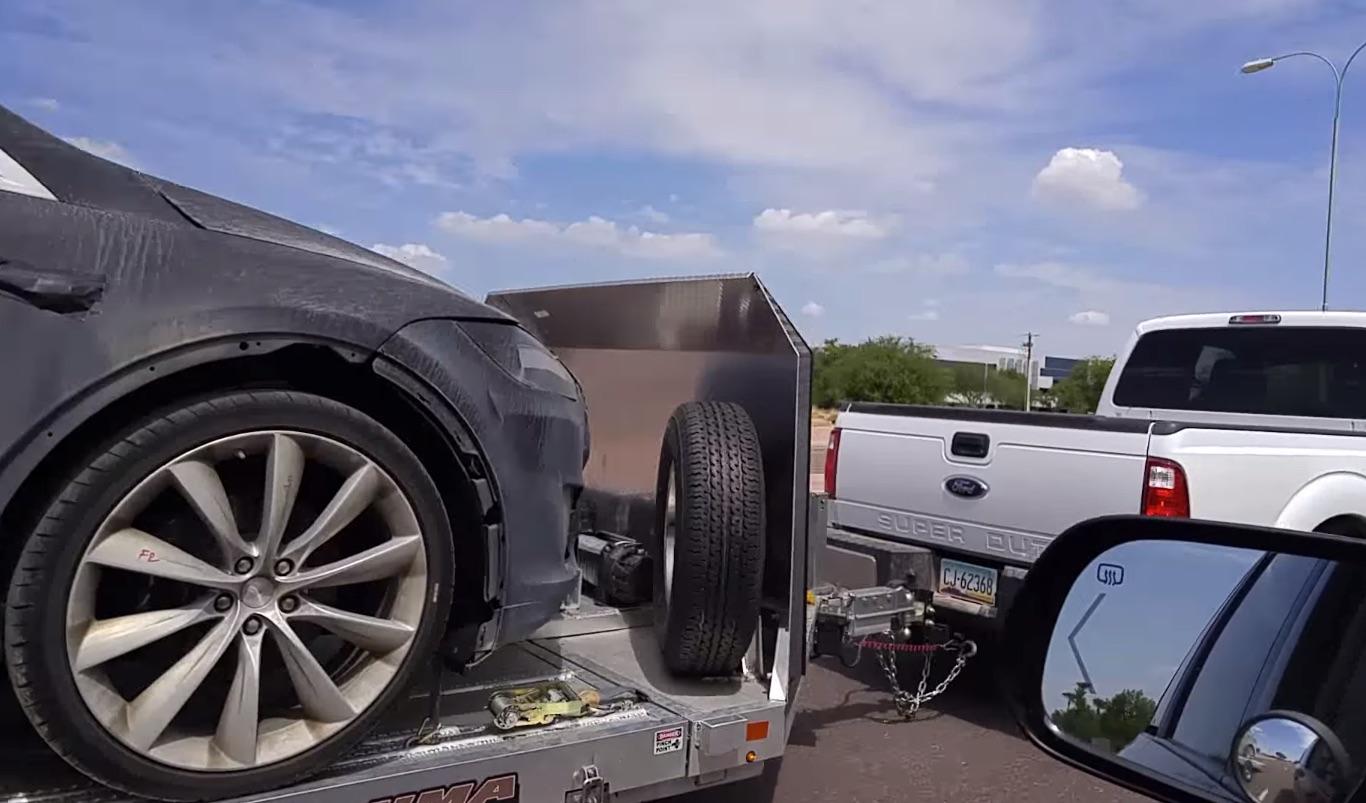 Tesla-Model-X-Off-Road-Tires2