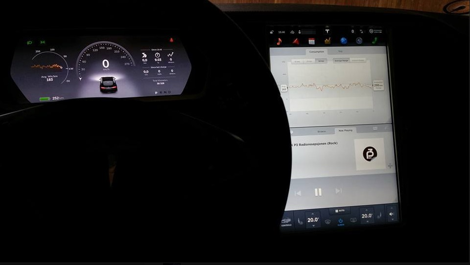 Video of Tesla Firmware 7.0 (Screen capture)