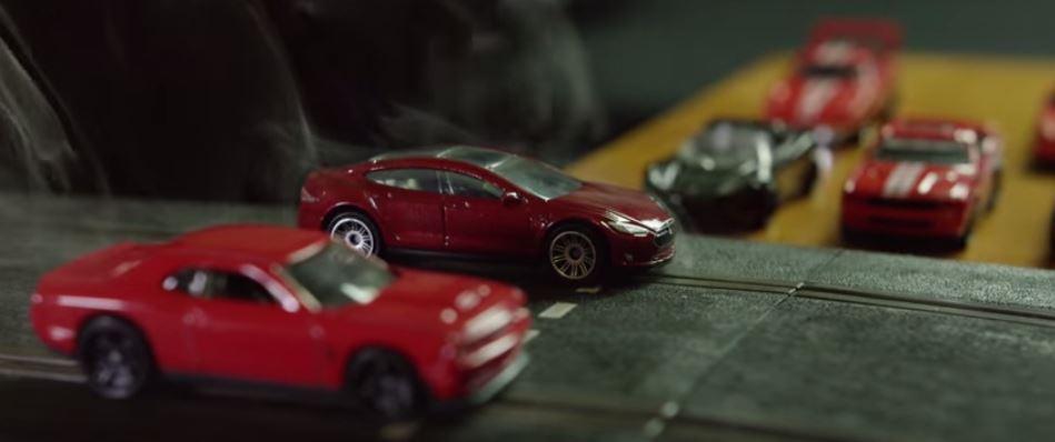 P90D vs. Dodge Hellcat drag race