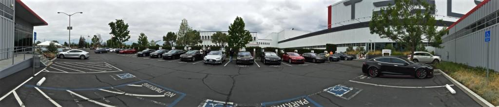 Tesla-Fremont-Supercharger-RevoZport