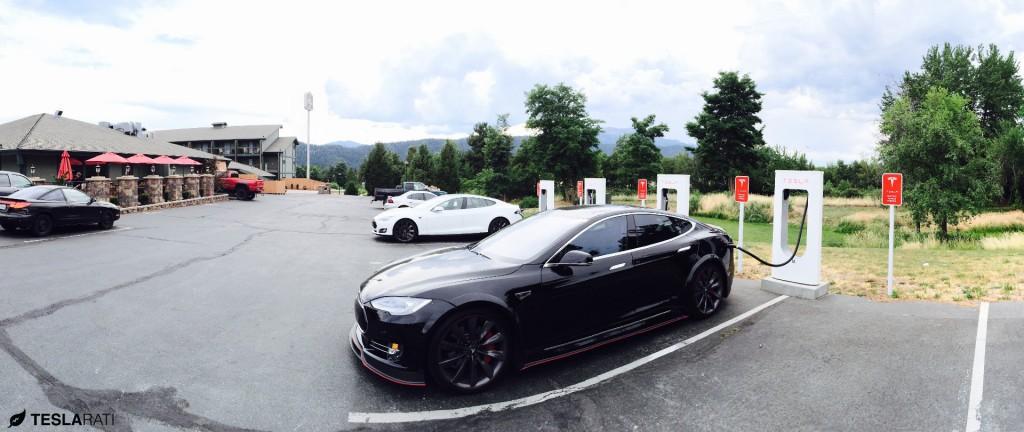 Tesla-Mt-Shasta-Supercharger
