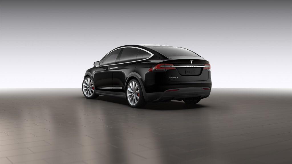 Black-Tesla-Model-X