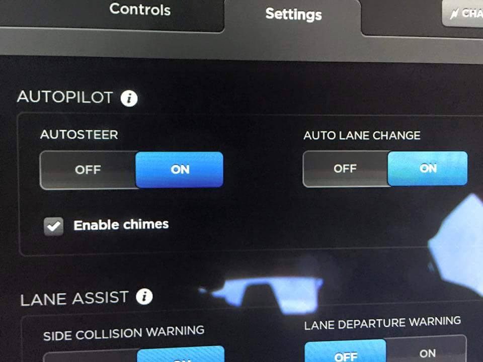 Tesla v7.0 Software Update with Autopilot
