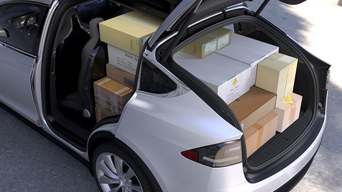 Model X cargo carrying arrangements