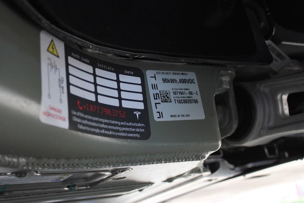 Tesla-Model-X-90kWh-P90D-Battery