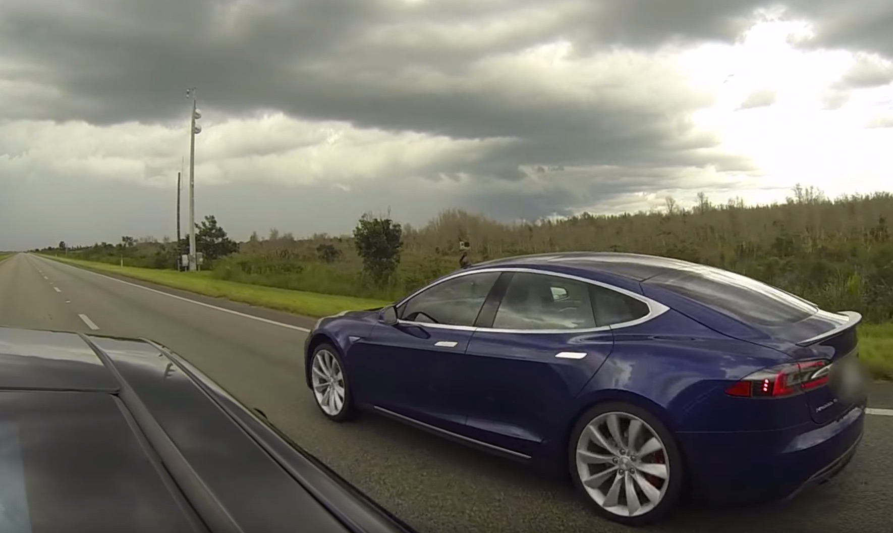 Tesla P90D Ludicrous vs Insane Mode