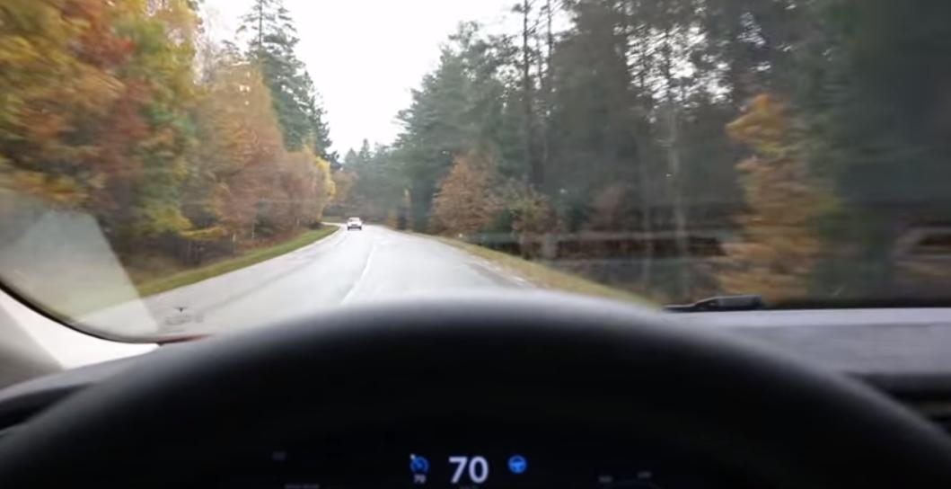 Tesla Autosteer