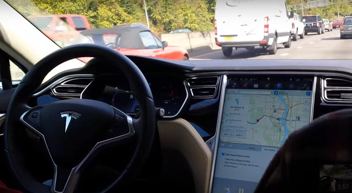Model-S-Autopilot-Fleet-Learning