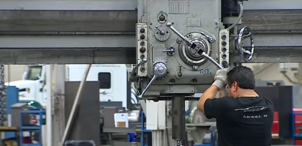 Tesla-Michigan-factory-press