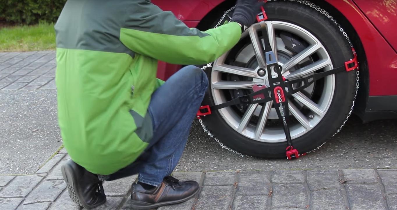 DIY-Install-Snow-Chains-Tesla-Model-S