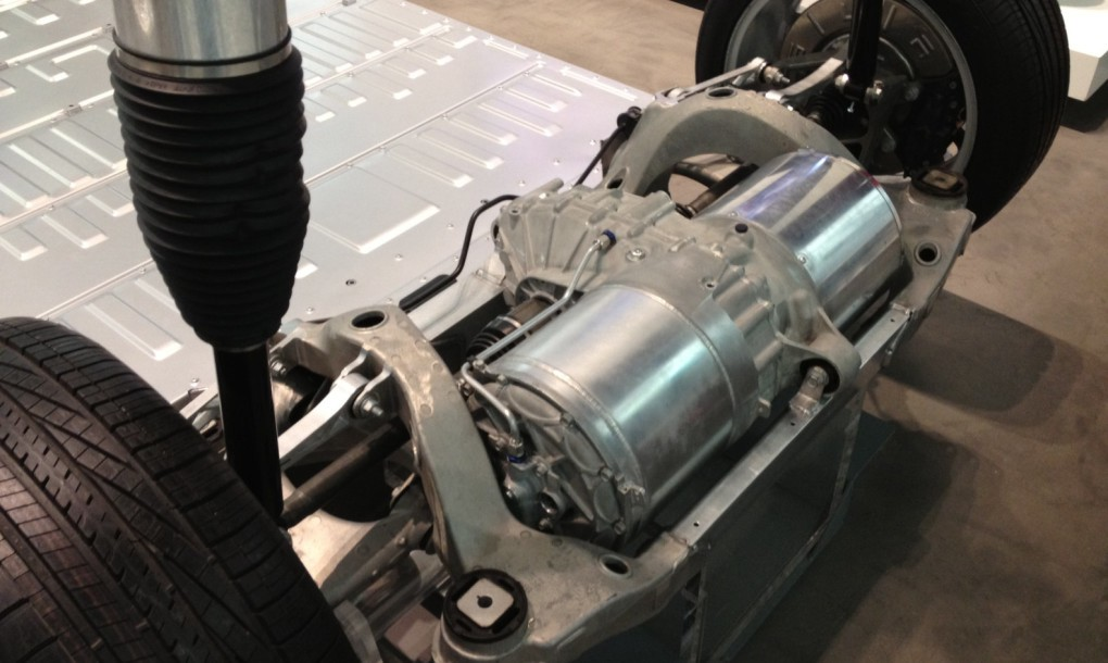 Tesla-Model-S-rear-drive-unit