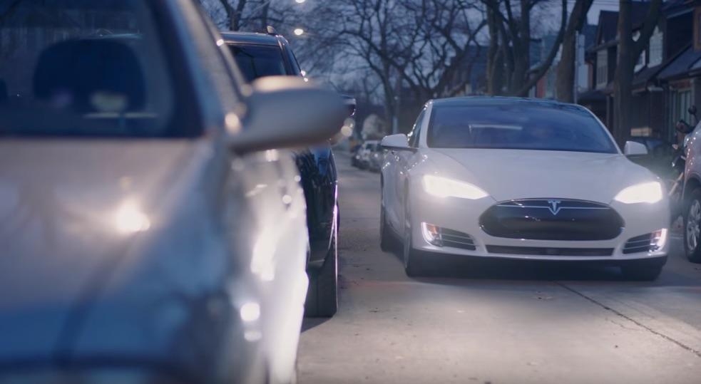White-Tesla-Model-S-City-Street