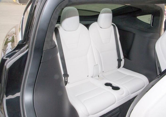 Model-X-3rd-Row-Seat-Cupholders