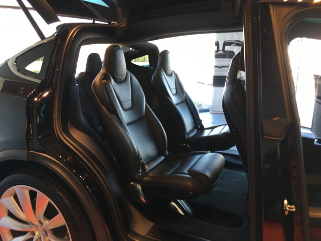 Model X Rear Seats 6 Config