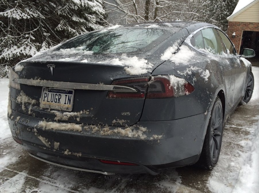 PlugR In Vanity Plate [Source: TeslaPittsburgh]