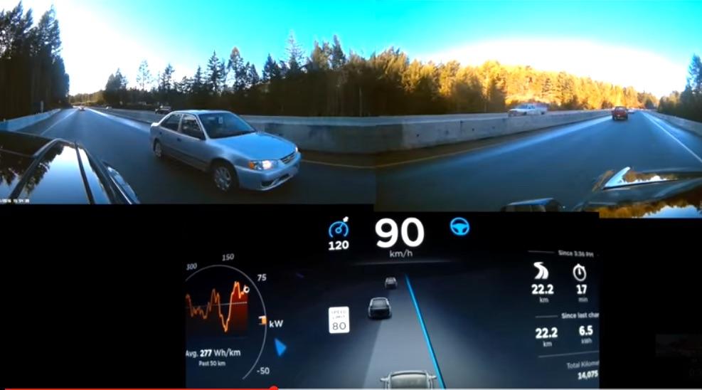 Tesla-Autopilot_Ultrasonic-Sensor-Lane-Merge