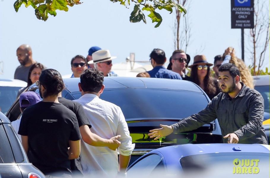 Adam-Levine-Ludicrous-Tesla-Model-X-P90D-Accident-Malibu-via-Just_Jared
