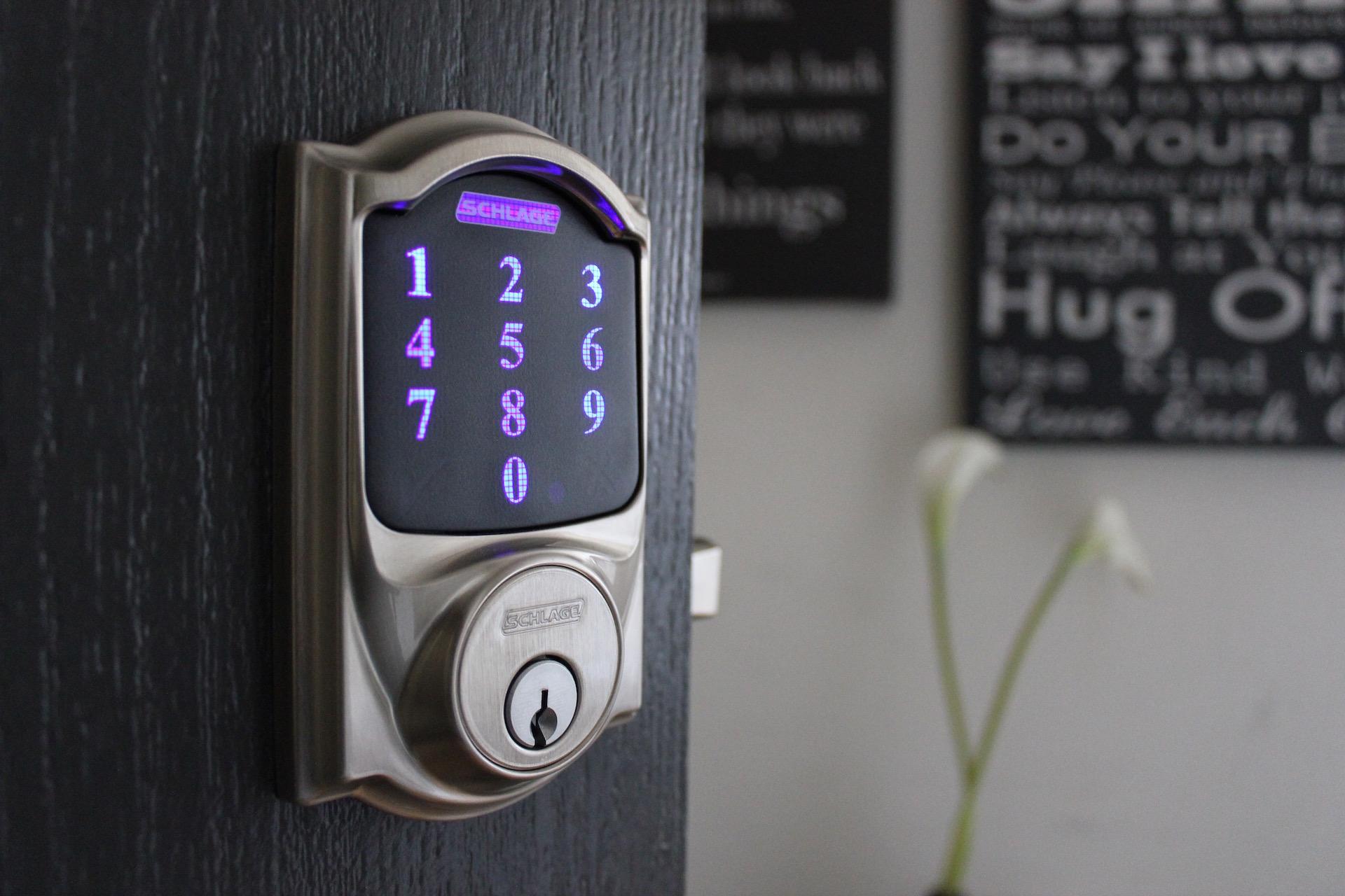 EVEConnect-Shlage-Smart-Home-Keypad