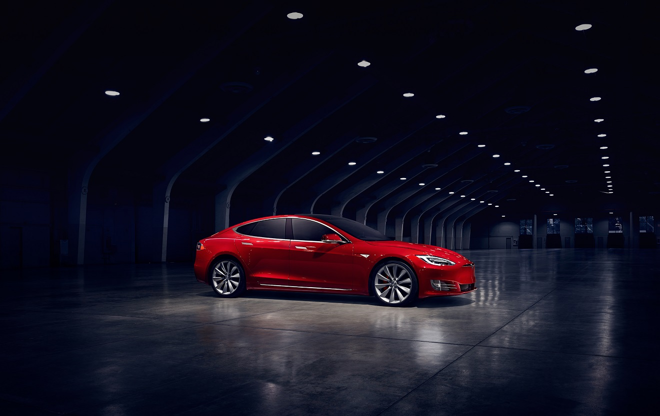The Newly Refreshed Model S 90d Received A New Epa Rating Of 294 Miles Range Per Single Charge Up From Previous 270 Courtesy
