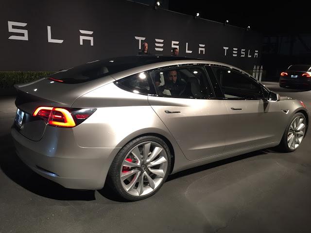 Silver-Tesla-Model-3-Event-Test-Ride