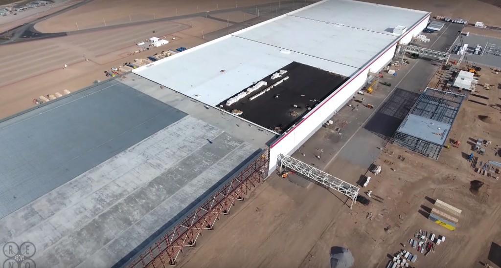 Tesla-Gigafactory-Expansion-Drone-4k