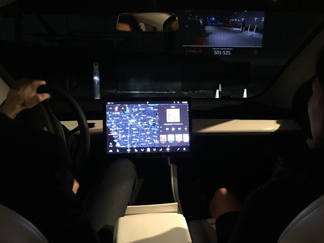 Tesla-Model-3-Center-Dash-Touchscreen