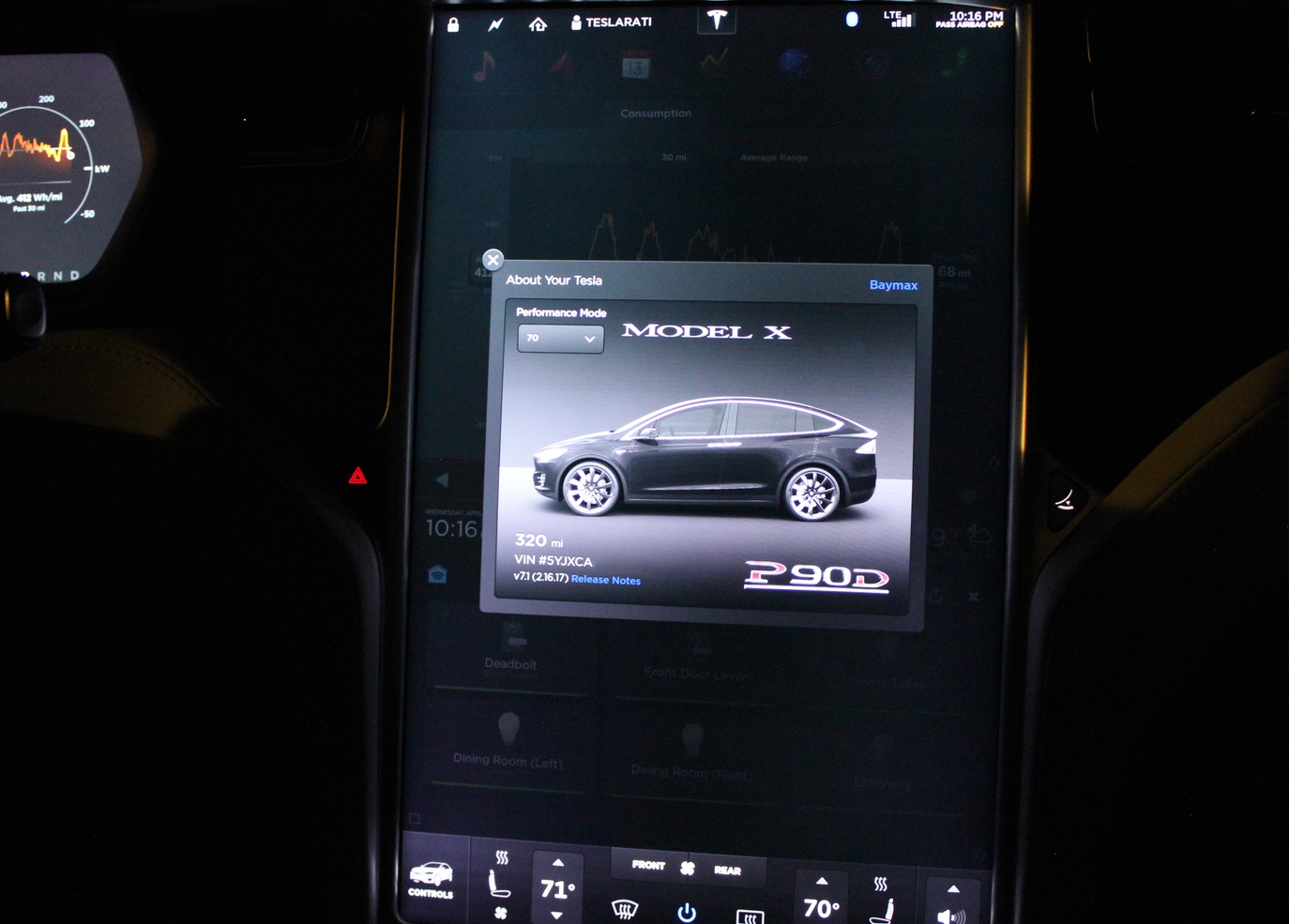 Tesla-Performance-Mode-Easter-Egg-3-Touchscreen