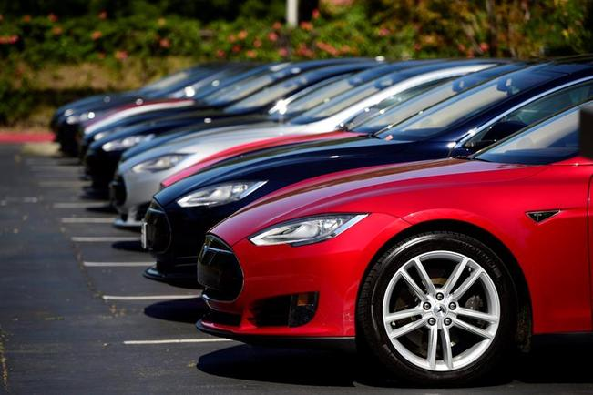 Tesla Model S sedans via CBS News Bay Area