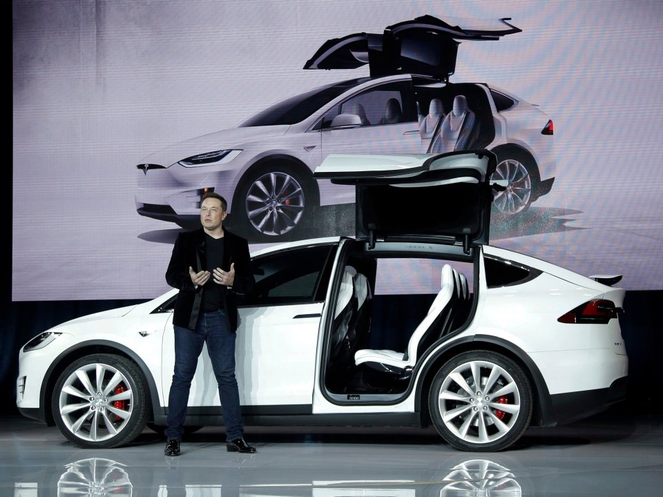 Elon Musk Has A Sleeping Bag Near Model X Production Line