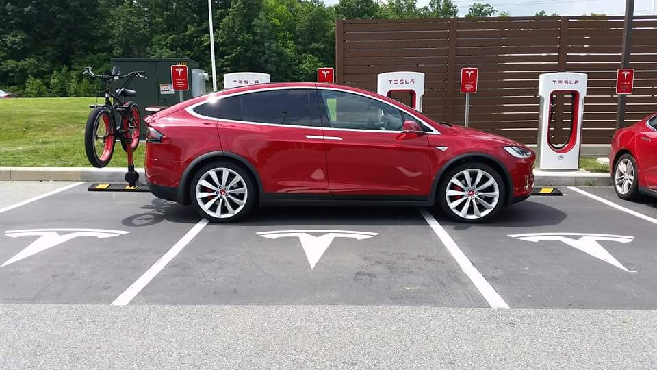 Red-Tesla-Model-X-Bike-Rack-Newark-Delaware-Supercharger