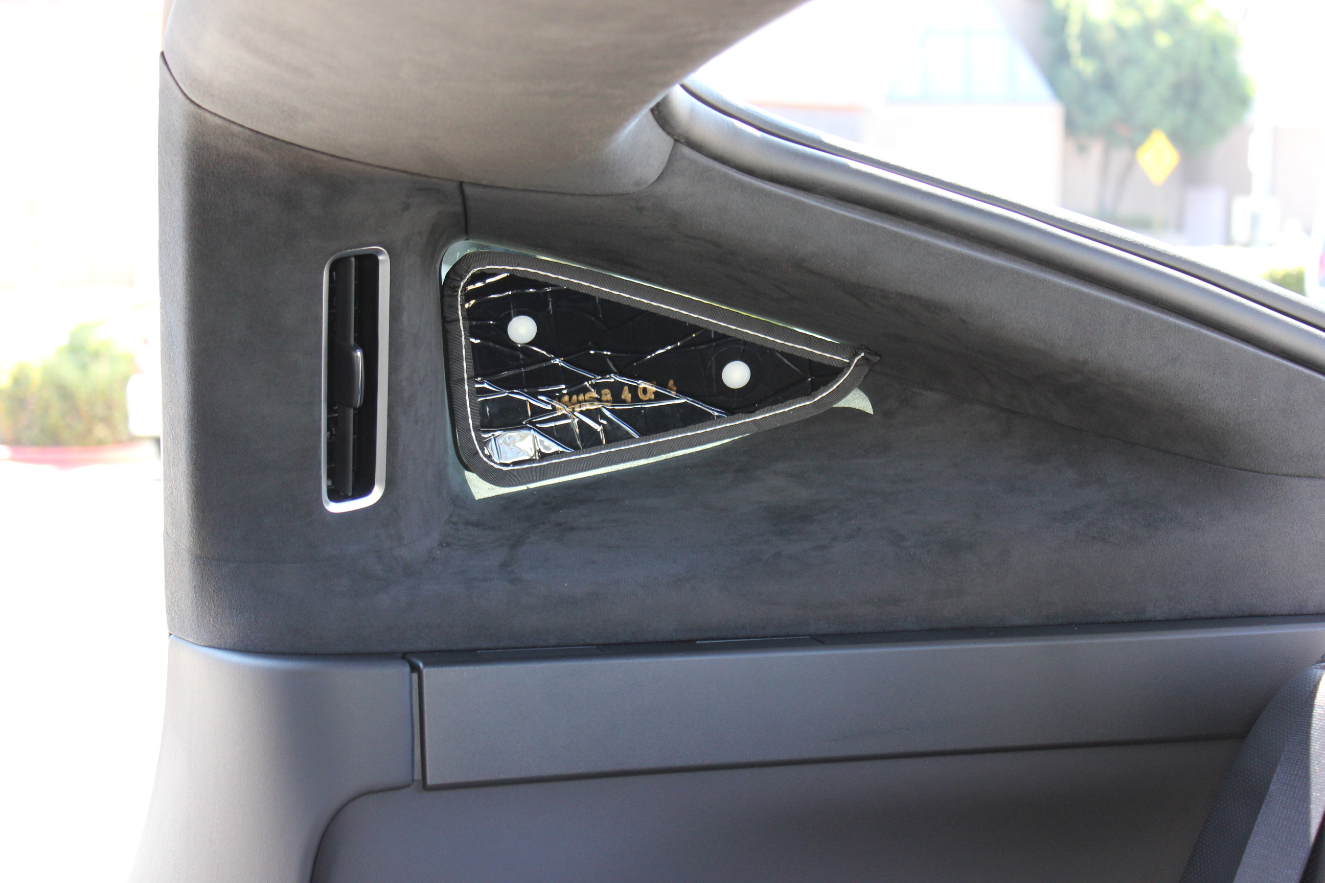 Model X 3rd row window