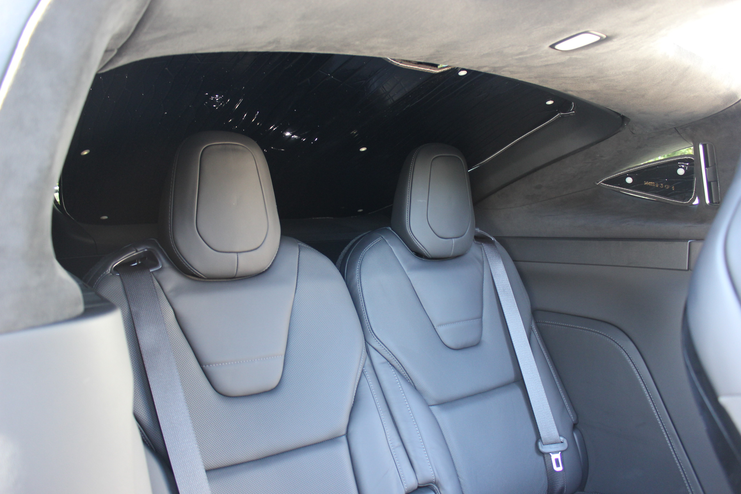 Model X rear hatch with HeatShield sunshade