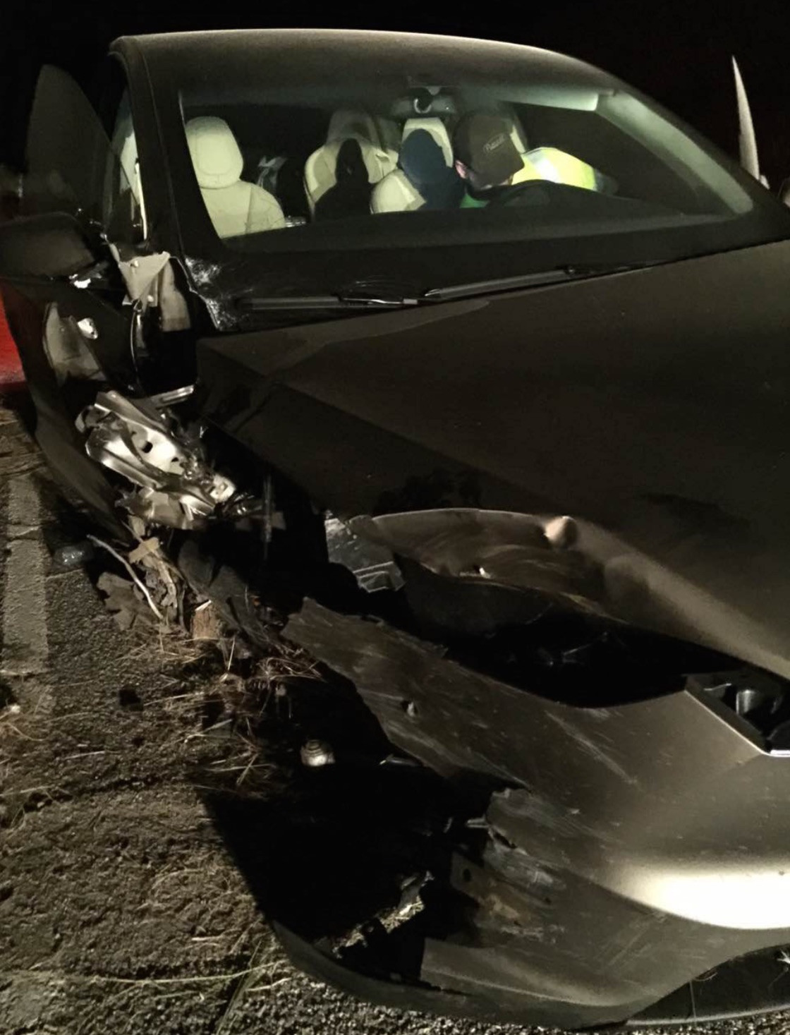 Tesla-Model-X-crash-front-3