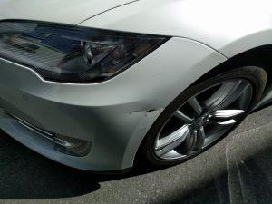 Model S damaged during Autopark maneuver