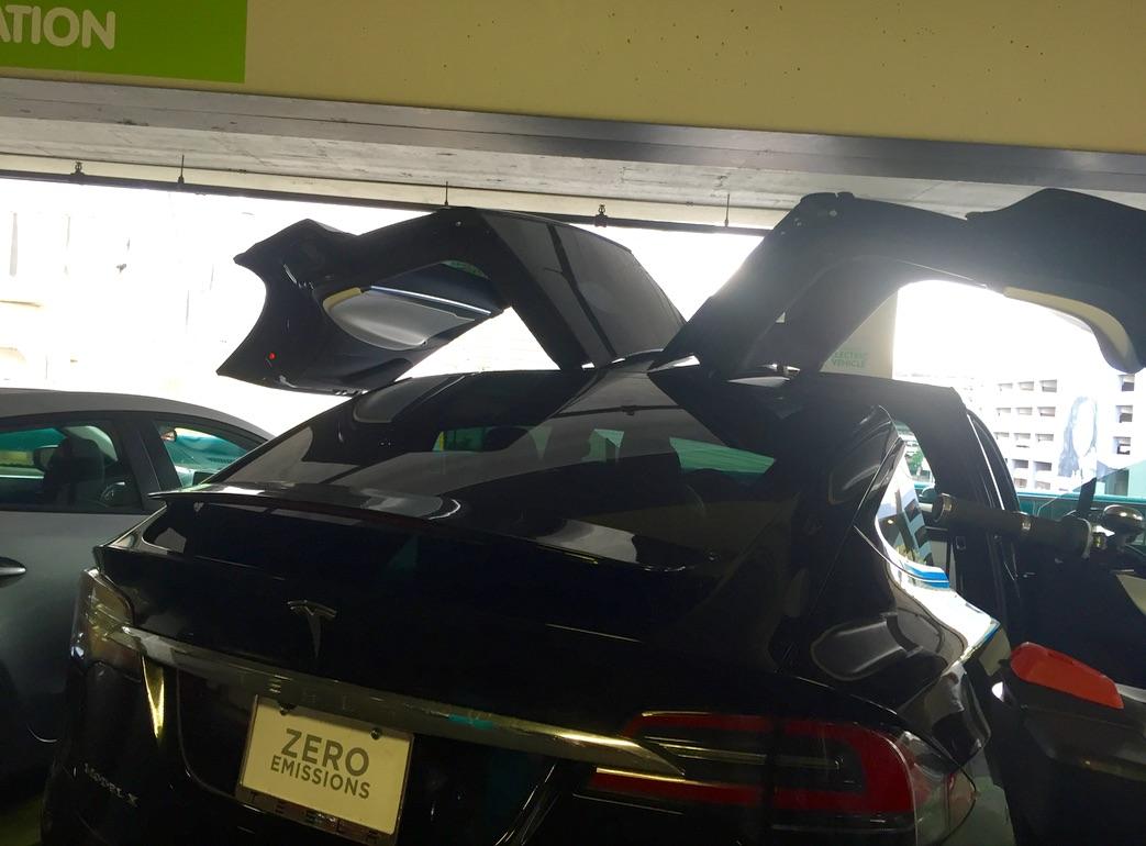 Model-X-falcon-wing-door-sensors-ceiling
