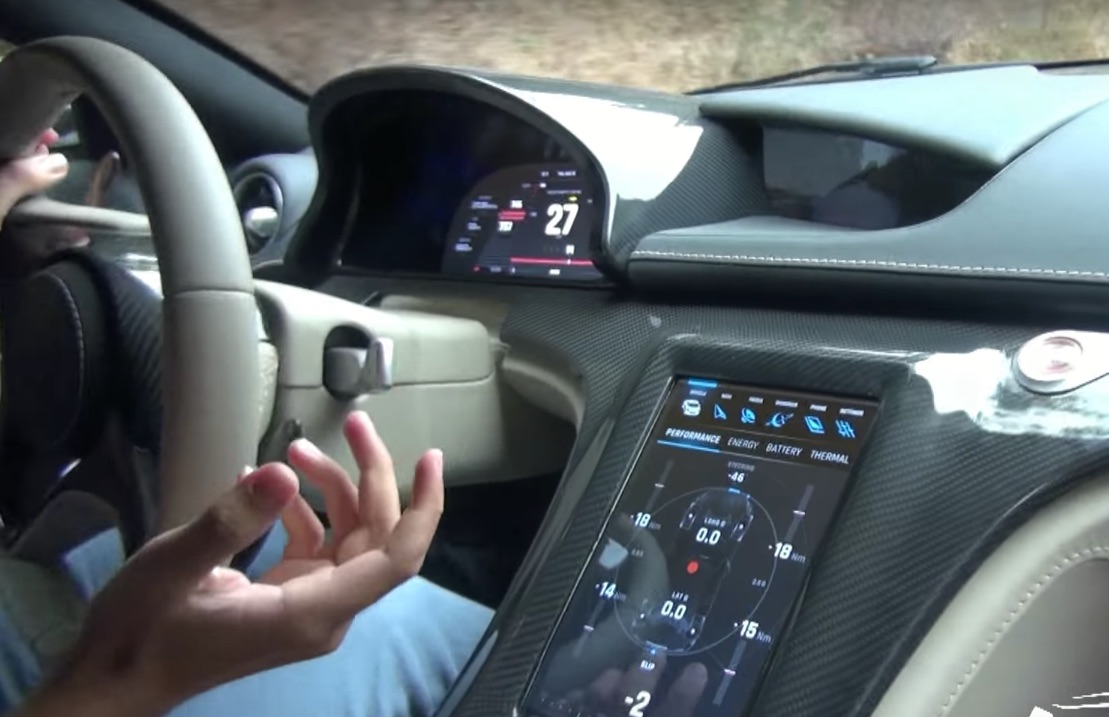 a rare inside look at rimac concept one 39 s tesla like touchscreen video. Black Bedroom Furniture Sets. Home Design Ideas