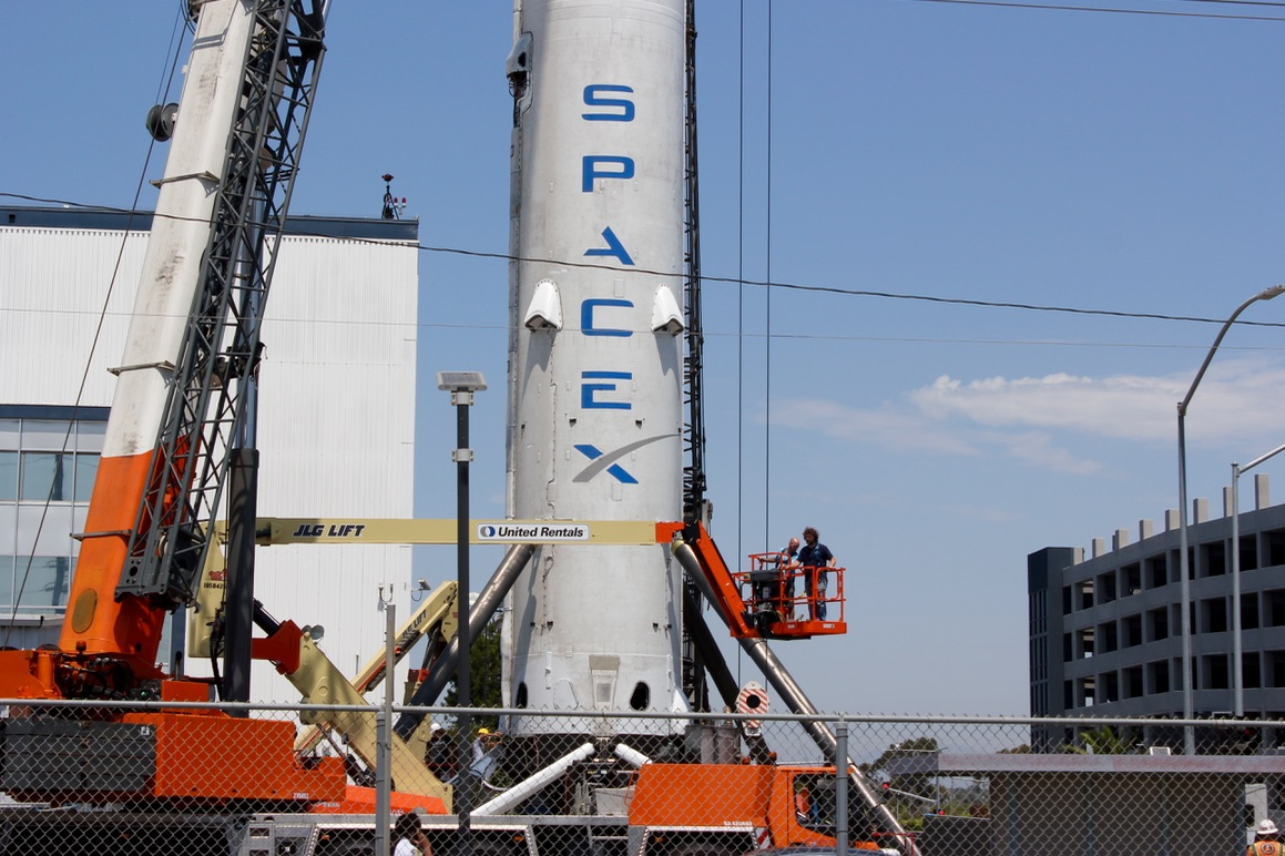 spacex f9 - photo #1