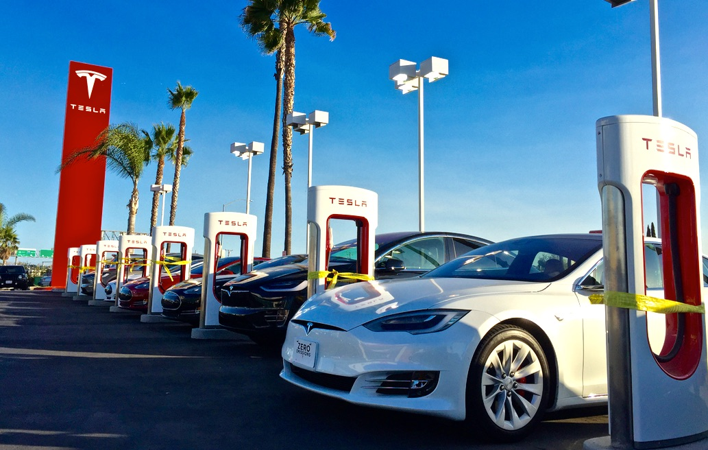 Tesla Buena Park Supercharger Will Connect Oc With Disneyland And Larhteslarati: Tesla Supercharger Locations California At Gmaili.net