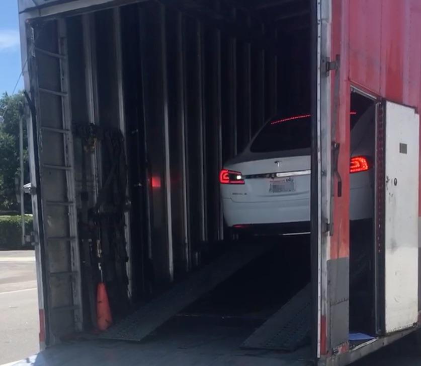 tesla-car-shipping-service-2