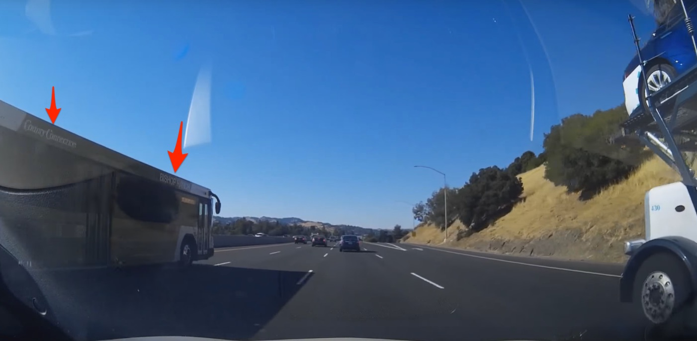 bishop-ranch-bus-cuts-off-tesla-trailer