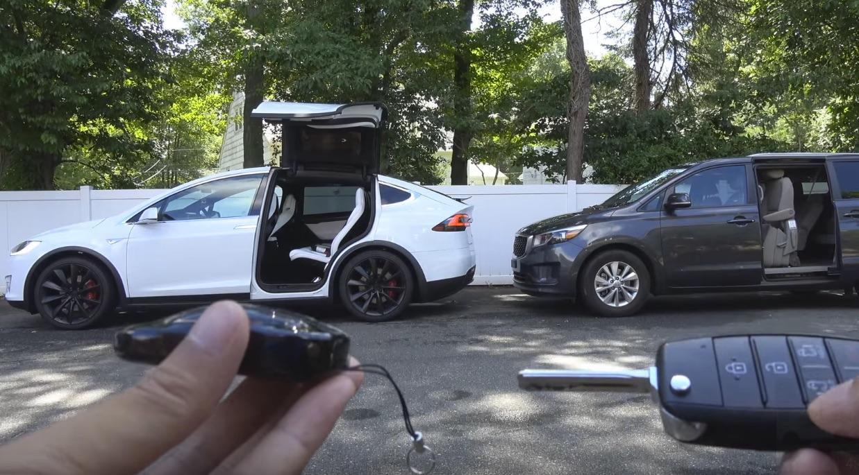 model-x-falcon-wing-vs-minivan-door