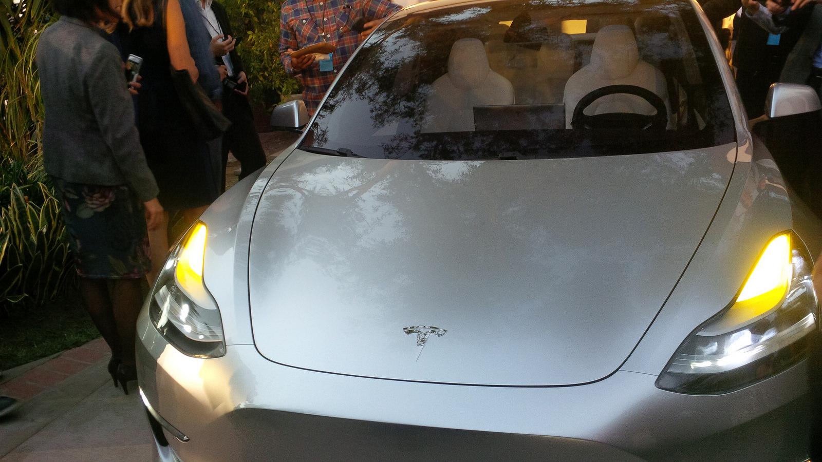 silver-tesla-model-3-headlights