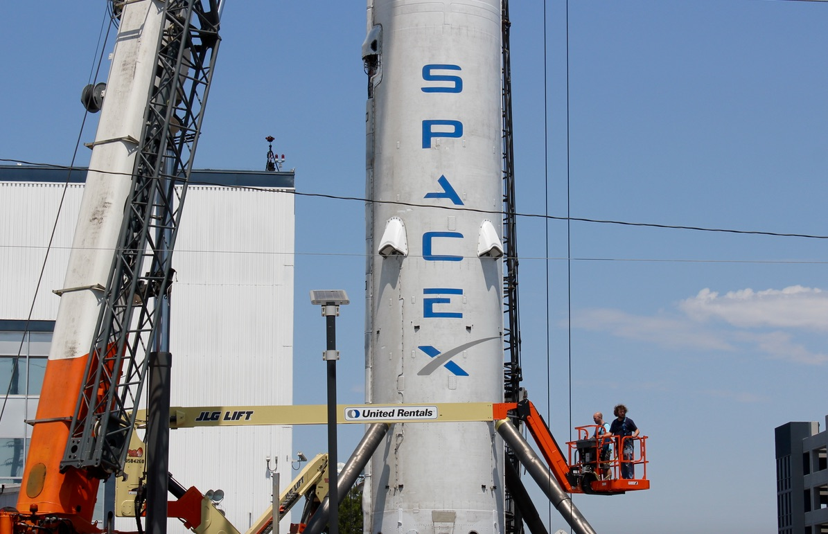NASA & US Air Force consider SpaceX's reusable rockets for future missions
