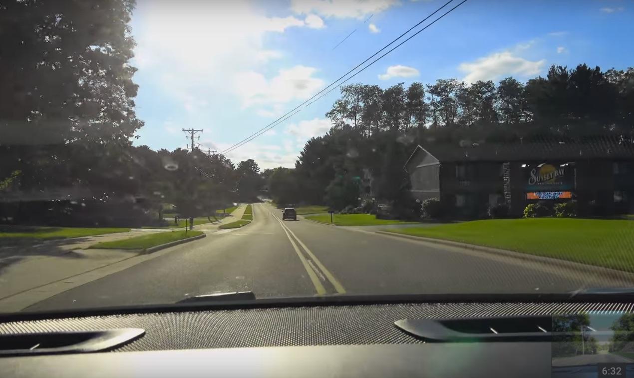 tesla-autopilot-autosteer-lane-markings-radar