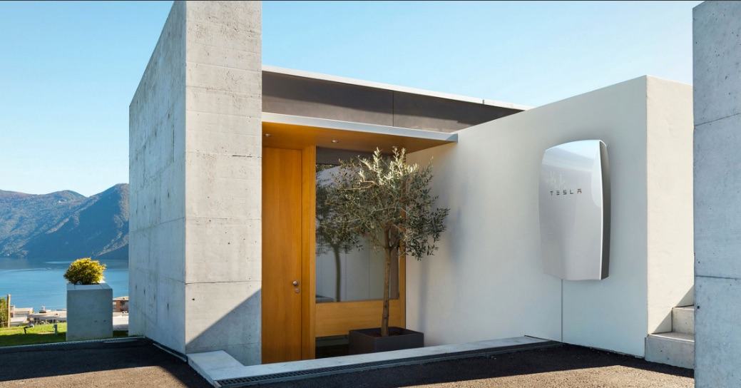 tesla-powerwall-home-battery-splash
